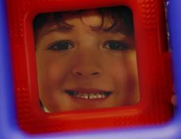 boys face in box_0
