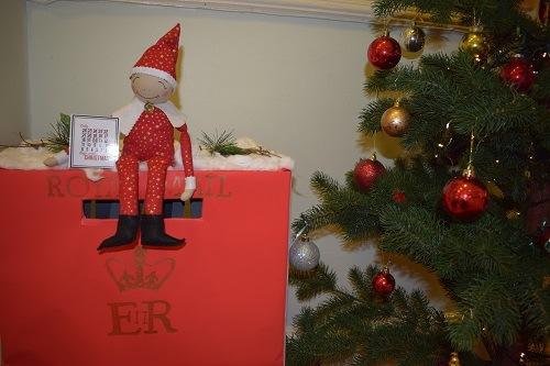 Elf-on-the-shelf-Christmas-elves-Parsons-Green-Prep-School-Fulham-London-SW6-UK-learning-education-teaching-1