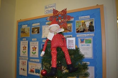 elf-on-the-shelf-Parsons-Green-Prep-School-Fulham-London-SW6-UK-teaching-education-1