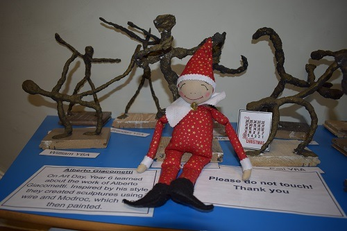 elf-on-the-shelf-Parsons-Green-Prep-School-Fulham-SW6-London-UK-teaching-education-1_0